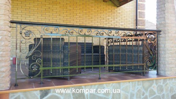 ограждения балконов и террас кованые