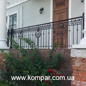Кованый балкон фото